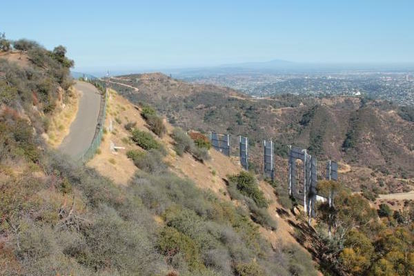 Wonder View Trail and Aileen Getty Ridge Trail to the Hollywood Sign
